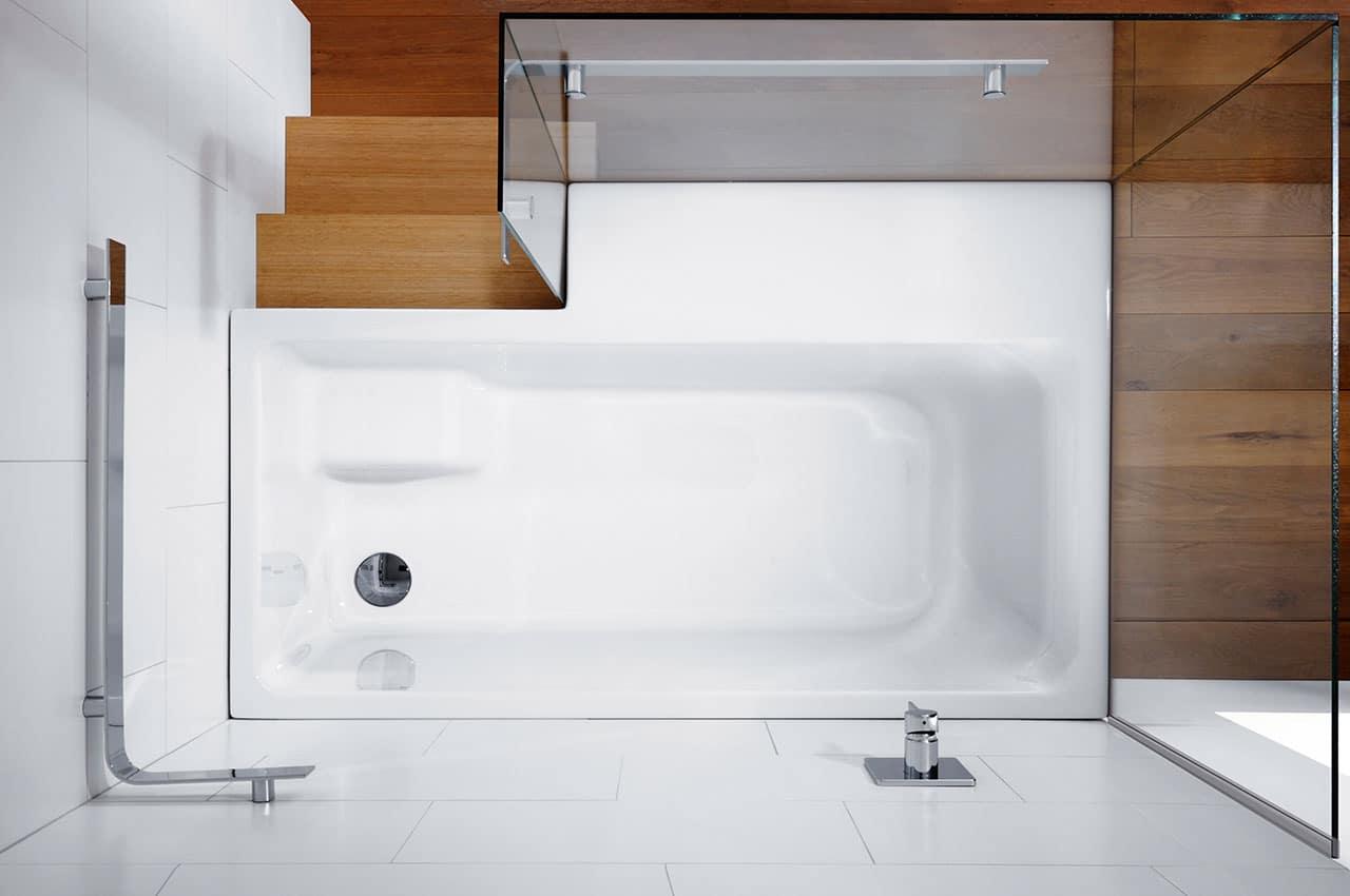 Duschbadewanne Stairway – moderne Sitzwanne mit Einstieg und ...