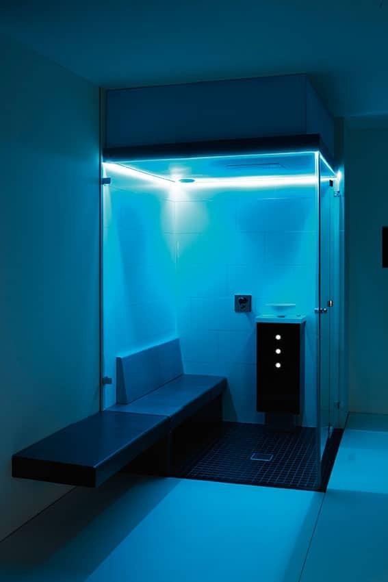 Farblichttherapie indirektes Farblichtsystem blau