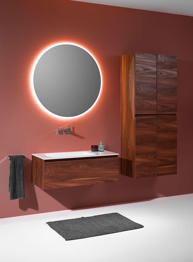 look 9 reduzierter design badezimmerspiegel mit led und beheizbar